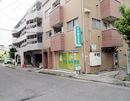 JR高尾駅方面より外観